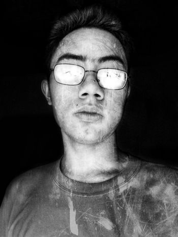 Hiding from my own reflection. EyeEmNewHere EyeEm Best Shots EyeEm Gallery EyeEm Selects EyeEmBestPics Black Background Blackandwhite Black And White This Is My Skin Eyeglasses  Scientist Portrait Black Background Human Face Inspiration Headshot Men Close-up Vision Thoughtful Introspection Day Dreaming Contemplation Anxiety  Uncertainty  Boredom Worried Eyesight Thinking Pensive The Portraitist - 2018 EyeEm Awards