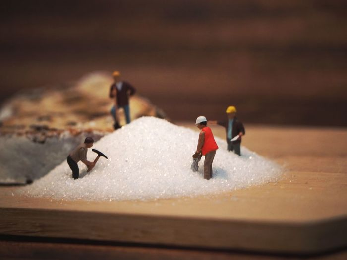 Mini Food Food And Drink Foodphotography Foodporn Miniature Miniature People Eat Eating Cake Cakes Cake Time Winter Snow Sport Competition Adventure Headwear Cold Temperature Salt - Mineral