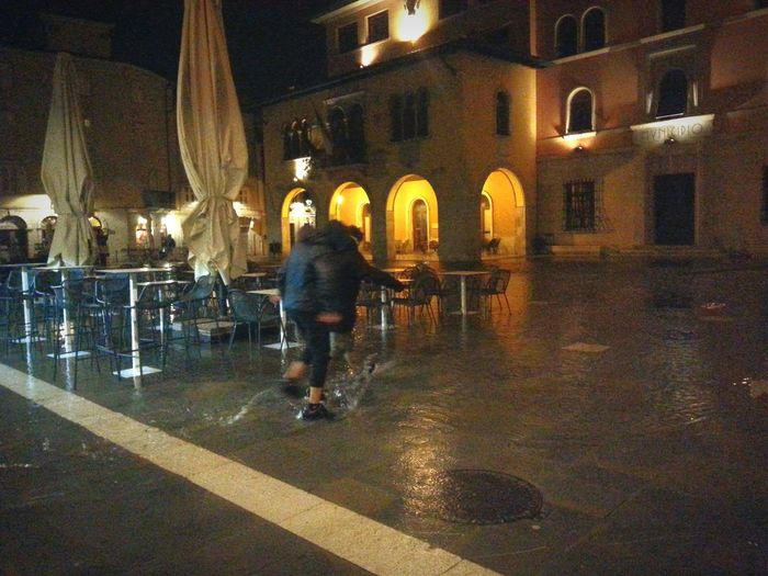 Samsung Galaxy S3 Muggia Muja Acqua Alta Piazza Marconi Livemuggia Nightphotography Night View Water Mare Rain Photografy In Motion