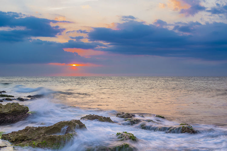 A few rays left Sky Beauty In Nature Cloud - Sky Scenics - Nature Sunset Sea Water Horizon Over Water Motion Horizon Wave Tranquil Scene Idyllic No People Tranquility Outdoors Power In Nature Moody Sky Low Shutter Speed Clouds