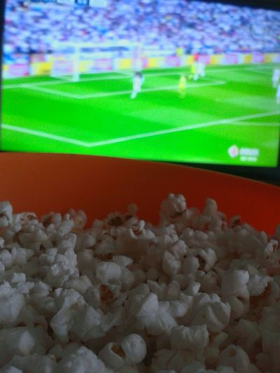 Popcorn and HALA MADRID 🍿❣⚽ Popcorns Soccer Relaxing Taking Photos Like This Lovely