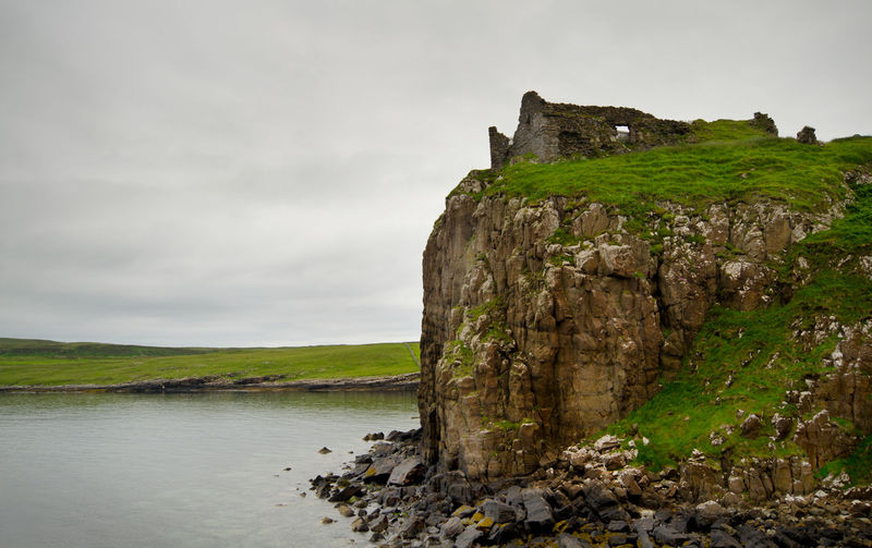 Skye Scotland Traveling Hiking England & Scotland EyeEm Nature Lover Nature Walking Castle Skye Historical Sights