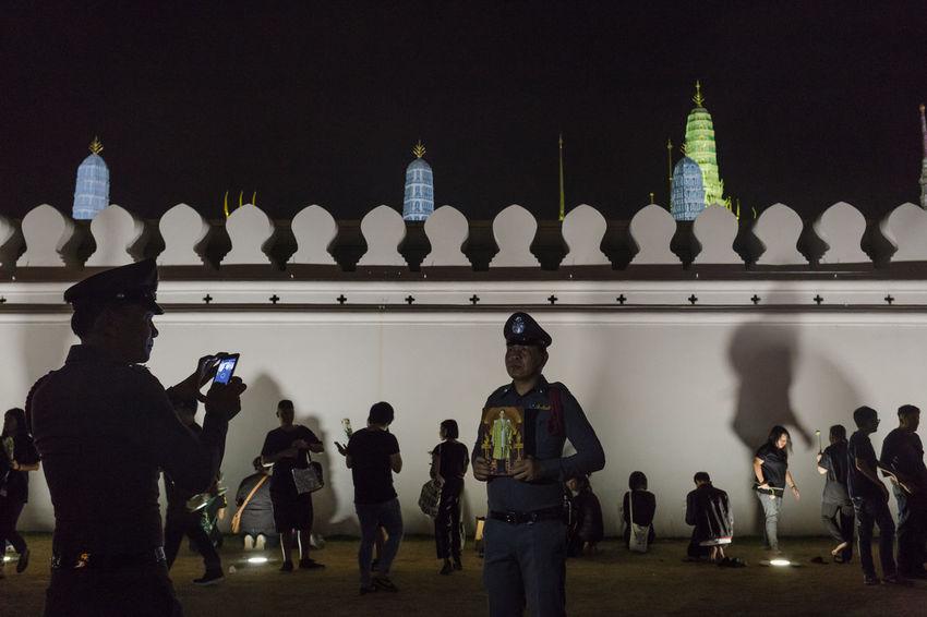 Funeral King Rama IX People Policemen Royal Family Royal Palace Temple Temple Of Emerald Buddha The Photojournalist - 2017 EyeEm Awards