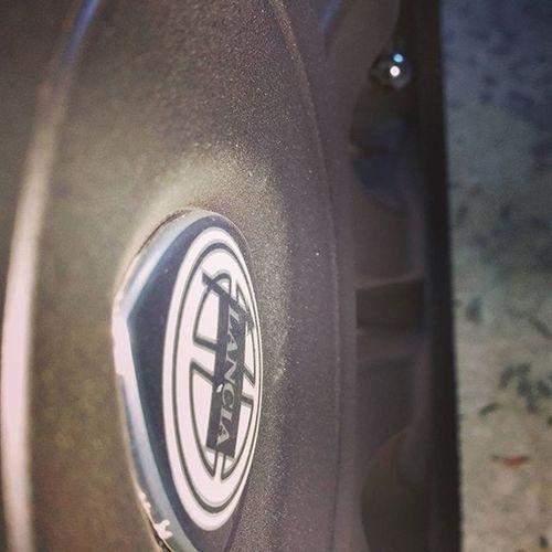 Lancia Logo Lanciaypsilon MyCar Mycarislove Neropaco Dippedset Dipyuorcar Dipmycar Tuning Car Matteblack Matteblackauto Instagood Instalike Likeforgood Like4like Instalike Macro Samsung Galaxy Note4 @lancia__ypsilon @lancia_ypsilon_club_