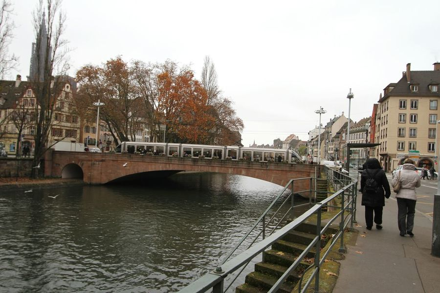 River View Visiting Strasbourg :) Strasbourg♥ Strasbourg Cityscapes Strasburg Being A Tourist Bridges Tramway Tram