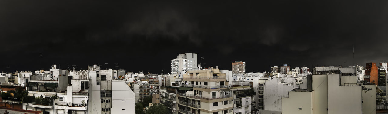 Panoramic Storm Architecture Arquitectura Building Exterior City Cityscape Cloud - Sky Clouds And Sky Dark Darkness And Light Dramatic Sky Fine Art Photograhy No People Oscuro Outdoors Panorama Panoramic Residential Building Sky Storm Storm Cloud Urban Skyline