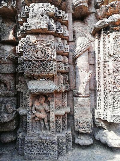 Sculpture of historic building