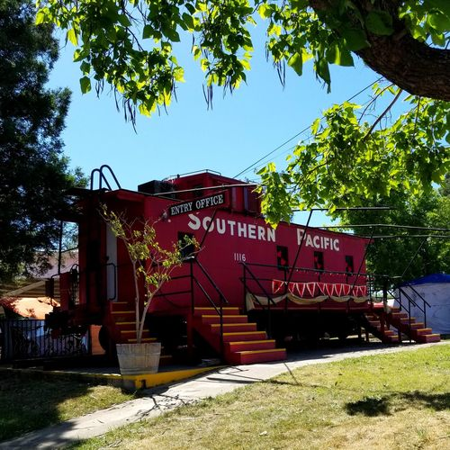 Berryfest 2018 Mode Of Transport Southern Pacific Railroad Tree Text Sky Architecture