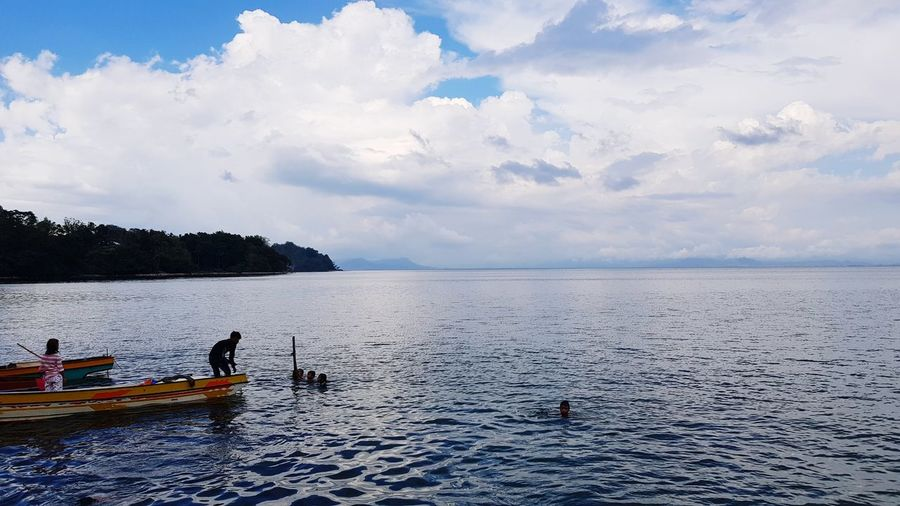 lake Awang Maranao Lanao Del Sur Lanao Lake Lake Lanao Water Nautical Vessel Sea Blue Beach Sky Landscape Cloud - Sky Wooden Raft Kayak Water Vehicle Raft Canoe Paddleboarding