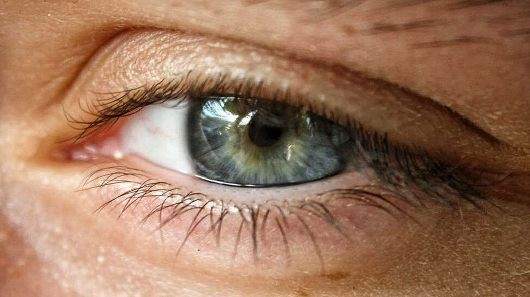 My fiancée's eye... ShowingMyEyes
