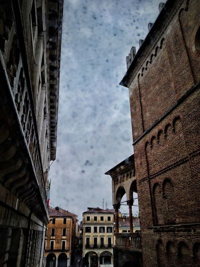 Padova, Aprile 2019 Hdr_Collection City Sky And Clouds Rain Architecture Building Exterior Built Structure