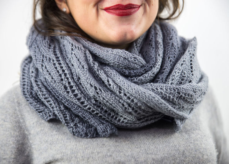 ...the femina! Adult Close-up Day Fashion Fine Art Photography Gray Grey Horizontal Human Body Part Indoors  Knitted  Lifestyles One Person Only Women People Person Real People Red Lipstick Sanremo Scarf Sweater Warm Clothing Wool Young Adult Young Women