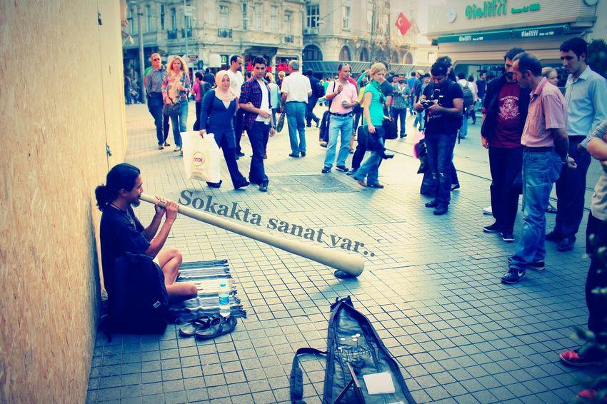 Didgeridoo ıstanbul Turkey Istiklal Caddesi Tunel Sektör Yapım Street Art Eyem Best Shots Street Photography EyeEm