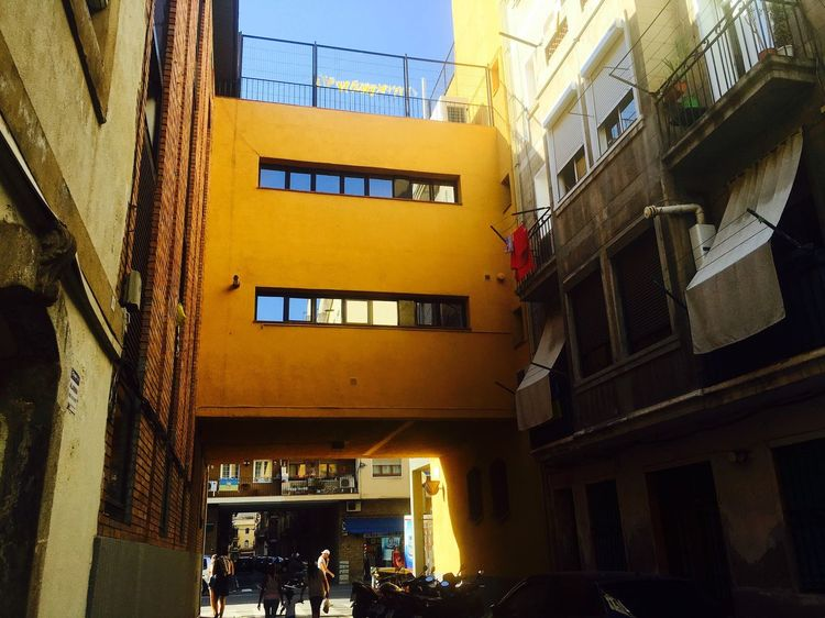 Architecture Built Structure Building Exterior Window City Low Angle View Residential Building Building City Life Alley Building Story Day Elevated Walkway Outdoors Apartment Narrow No People Tall Landscape_photography Modern Architecture Architectural Detail Architecture_collection m Old Town Town Office Building