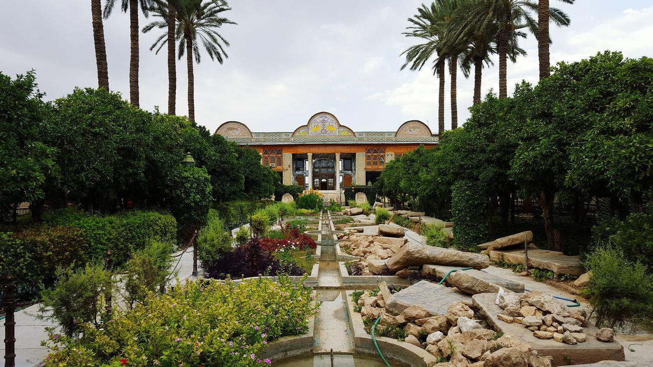 Historic Historical Monuments Palace Iranan Architecture Trees Palm Trees Taking Photos Hello World Enjoying Life Cloudy Sky EyeEm Nature Lover