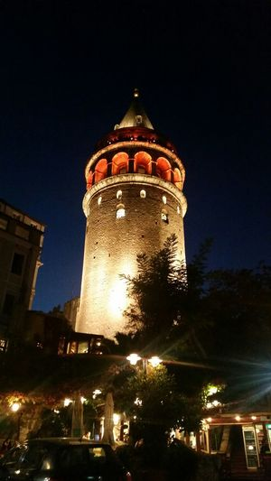 Enjoying Life galata kulesi...çok güzel manzara...ben akşamda daha güzel~~ Quality Time First Eyeem Photo