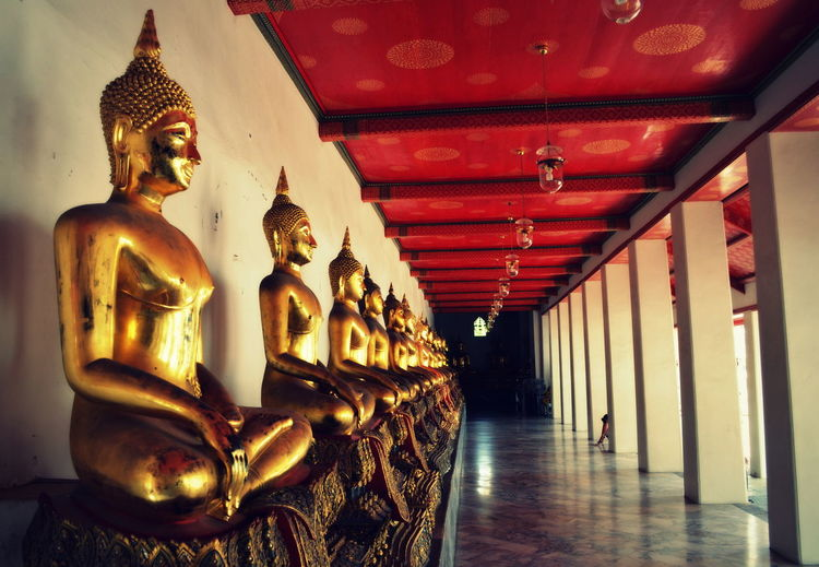 Architecture Buddha Close-up Day Golden Idol In A Row Indoors  No People Place Of Worship Religion Spirituality Buddhas Eyeemphoto
