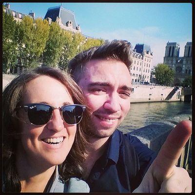 Tiens un pote me rend visite ! Cathedrale Notredamedeparis Notredame Visitparis paris tourisme