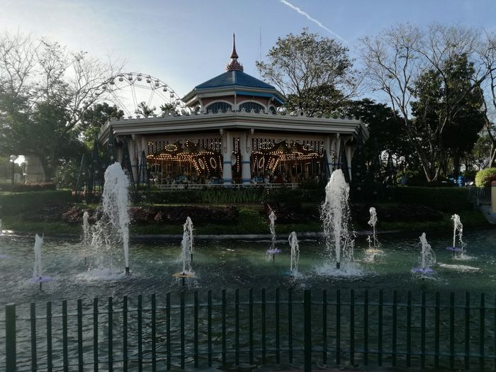 EK Indulge Day Cloud - Sky Sky Motion Backgrounds Water Fountain Park Photography Theme Park Theme Parks Theme Party Theme Park Ride Carousel