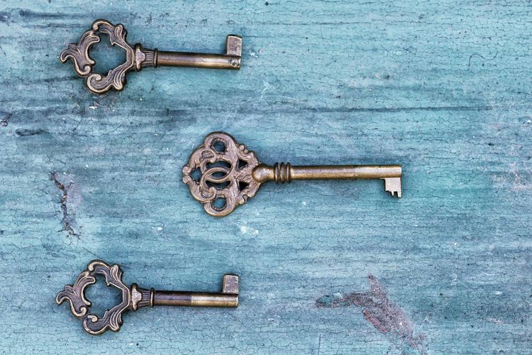 keys Keys Safe Three Minimal Detail StillLife Home Tool Security Jewllery Objects No People Three Objects Closeup Top View Top Perspective Indoors  Latch Rusty Key Full Frame Textured  Wood - Material Lock Protection Door Metal Key Ring Locked Closed