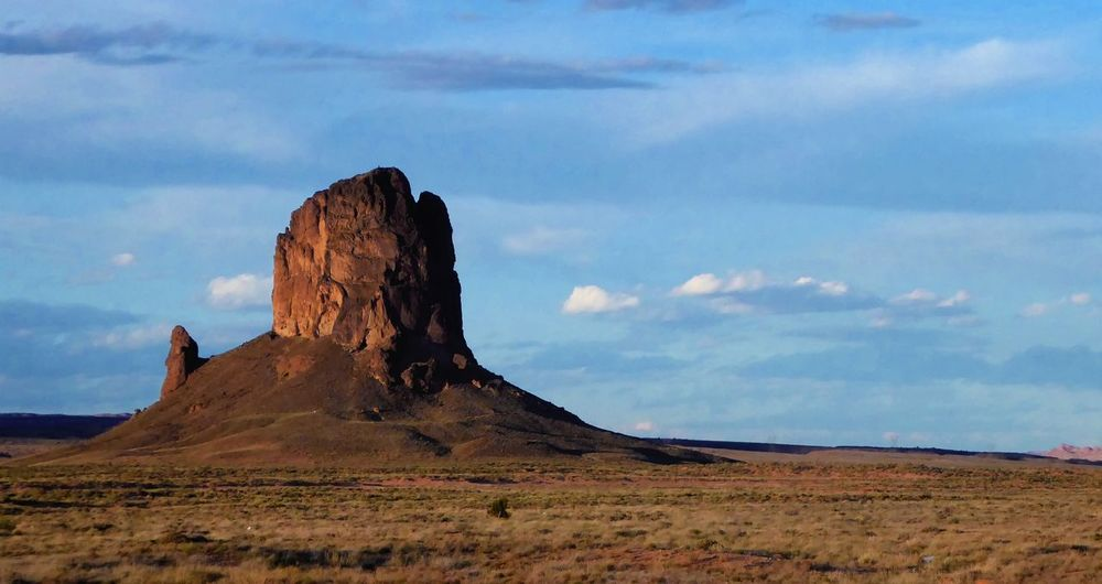 Monument Valley Scenic Breathing Space Cloudy Sky Landscape_Collection Monument Valley Beauty In Nature Blue Sky Cloud - Sky Day Desert Landscape Landscape Nature No People Outdoors Scenics Sky Tranquility Lost In The Landscape