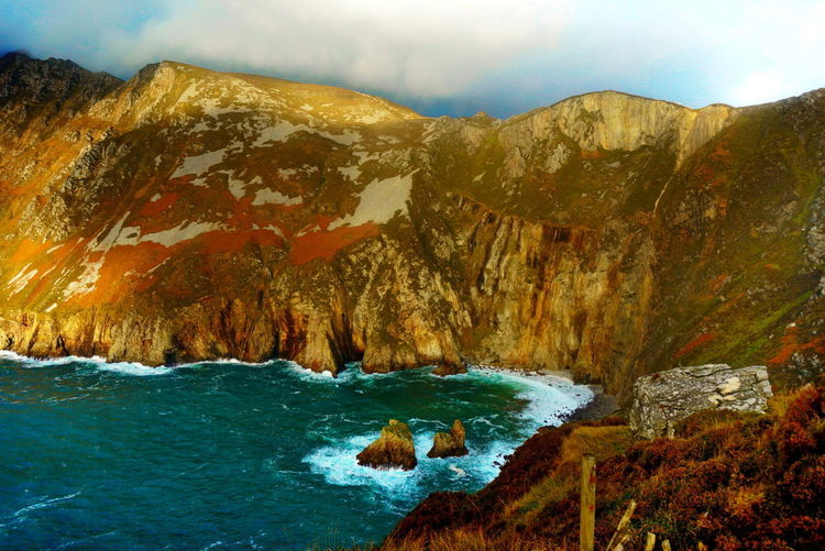 Ireland🍀 NEX-5T Beauty In Nature Day Landscape Mountain Nature No People Outdoors Physical Geography Rock - Object Rock Formation Scenics Sea Sky Sony Tranquil Scene Tranquility Water Wave