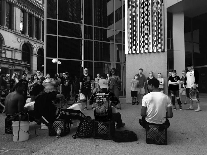 Street performers Streetphotography Photography Streetperformers Chicago Chicago Performers Blackandwhite Black & White Eyeemblack&white EyeEmNewHere IPhoneography