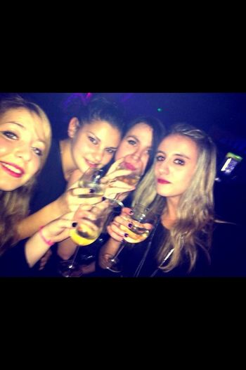 Party night with my friends at Baroque Serre Chevalier  Champagne soiree de fou ;-)
