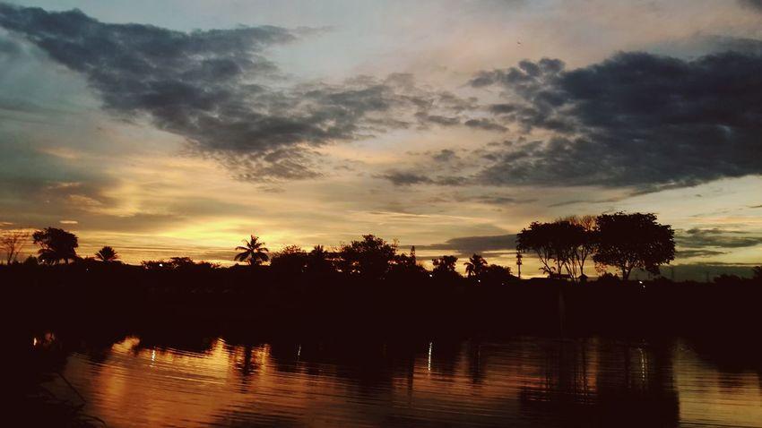 When the sun goes down.... Serdang Sunset Lake Belong Anywhere