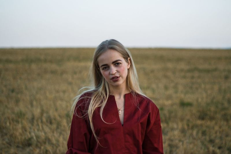 21 марта. А ее может и нету EyeEm Selects Portrait Landscape Land Looking At Camera Field Front View Smiling Rural Scene Nature Young Adult Women Standing Outdoors Young Women One Person Environment Beautiful Woman Sky Agriculture Farm