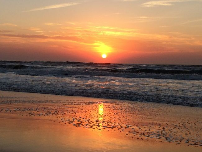 Atmosphere Beach Beauty In Nature Cloud - Sky Horizon Over Water Idyllic Majestic Nature Non-urban Scene Orange Color Scenics Sea Seascape Shore Sky Sun Sunset Tourism Tranquil Scene Tranquility Travel Destinations Vacations Vibrant Color Water Wave