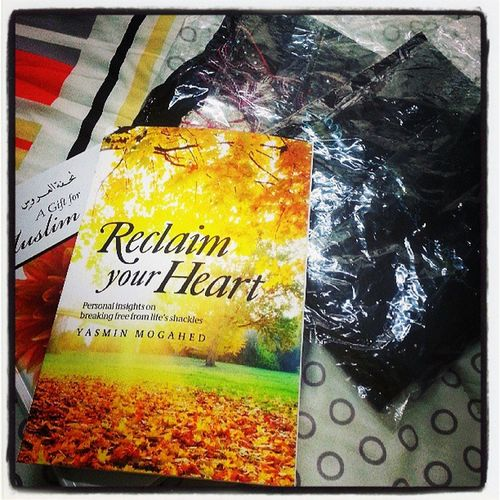 Finally,grab all these things!Thank you Allah :) ShawlMecca InspirationalBook MuslimBride