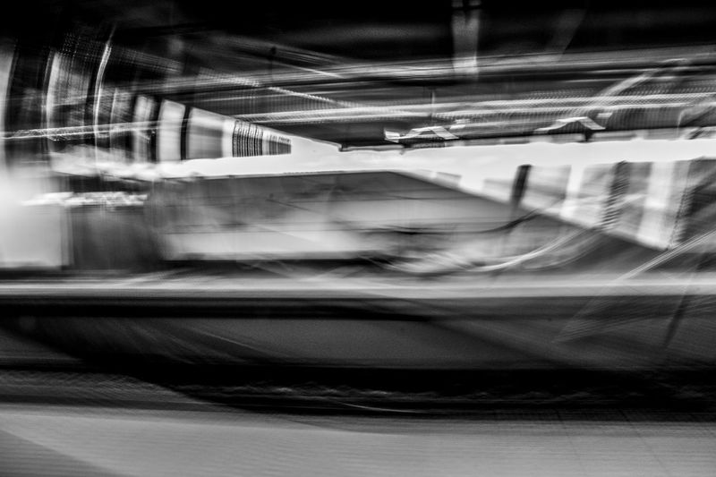 Black And White Blanco Y Negro Blurred Motion Indoors  Indoors  Light Luz No People Shadow Speed Subway Train Transportation