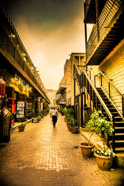 Old Dubai Street Dubai❤ @u27364141 Outdoors Sunset Silhouettes Building Exterior Architecture