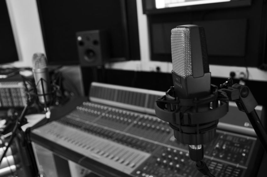 Recording Studio Knobs And Dials Recording Session Arts Culture And Entertainment Audio Equipment Black And White Blackandwhite Equipment Focus Focus On Foreground Indoors  Input Device Insulation Knobs Microphone Microphone Stand Mixing Console Music No People Recording Studio Sound Mixer Sound Recording Equipment Speakers Studio Technology
