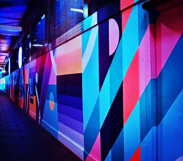 Soo colorful Streetart Photography Colours EyeEm Gallery EyeEm Picoftheday Outdoors Architecture Built Structure Multi Colored No People Wall - Building Feature Graffiti Art And Craft City Building Exterior Pattern Creativity Transportation Illuminated Reflection Footpath Modern Blue Outdoors Day Striped