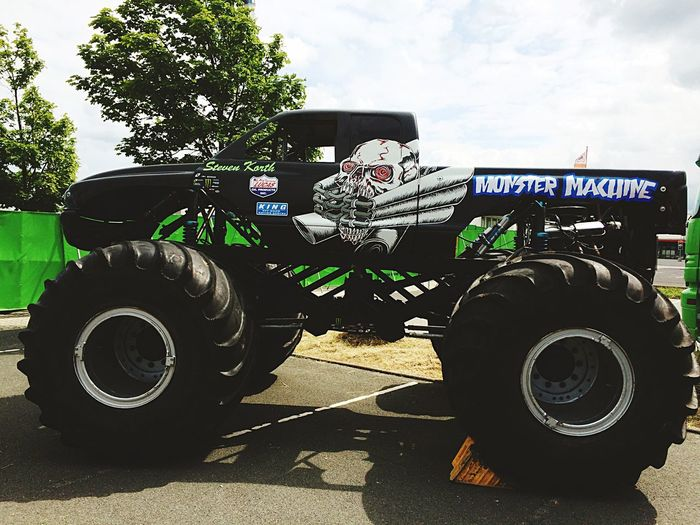 Monstertruck Stuntshow Check This Out Hello World Taking Photos Beautiful Awesome Good Times Hanging Out Summer