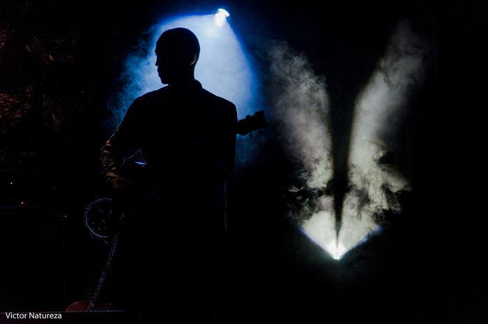 Silhouette Men Black Background Elzasoares Vitaonatureza Victornatureza Mulher Sombra Luz Cobertura Show Criolo Baixo