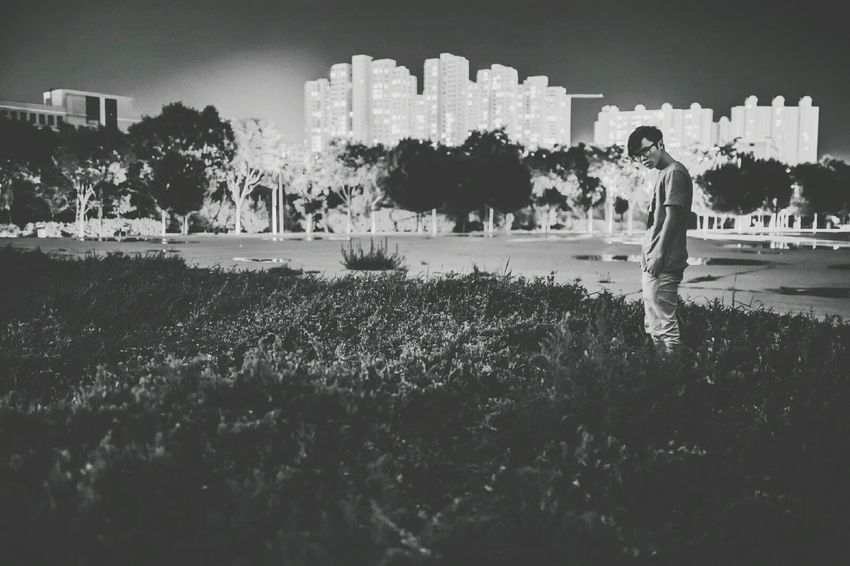 Hanging Out Check This Out That's Me Enjoying Life Self Portrait Lanzhou Nightphotography Potrait
