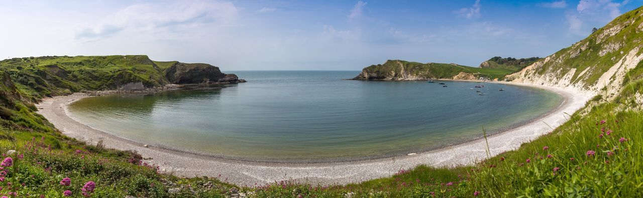 managing dorset s coasts A two-year project to protect almost 500 dorset homes from coastal erosion for the next 50 years has been completed work started in april 2013 to build a 1,200ft (390m) stretch of sea wall in the.