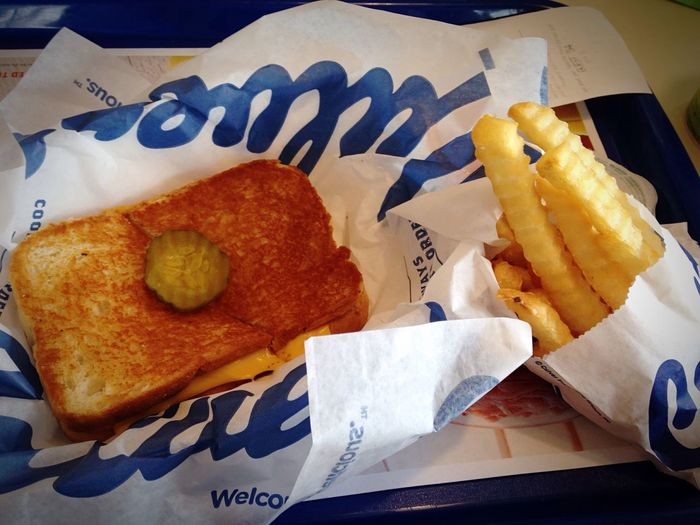 Yum Grilled Cheese For Grownups Grilled Cheese Yummy Guilty Pleasure Lunch