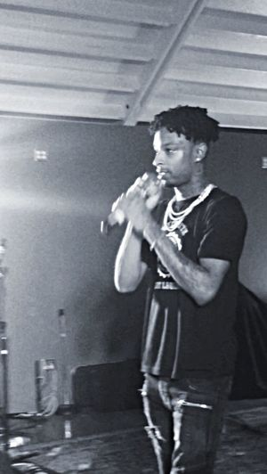 21savage SXSW SwisherSweets AboutLastNight ATx Trap Three Quarter Length One Person Waist Up Standing One Young Man Only One Man Only Indoors  Only Men Young Adult People Adults Only Playing Adult Day