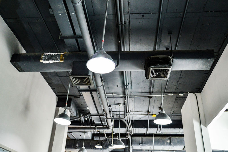 Indoors  No People Technology Day Modern Bare Ceiling Exposed Ceiling Ceiling Lights Lines, Shapes And Curves Grey And Black Electronic Fullframe Urban Theme Architectural Theme
