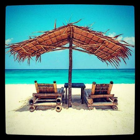 Beach Tropicalparadise Romantic Getaway  Sunnyday Peacefulwaves