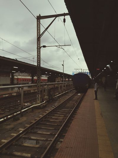#traveldiaries#monsoon#weather#rainyclimate#train#safar Weather Photography Safar Monsoon Traveldiaries Rail Transportation Railroad Track Sky Train Outdoors Transportation Track First Eyeem Photo