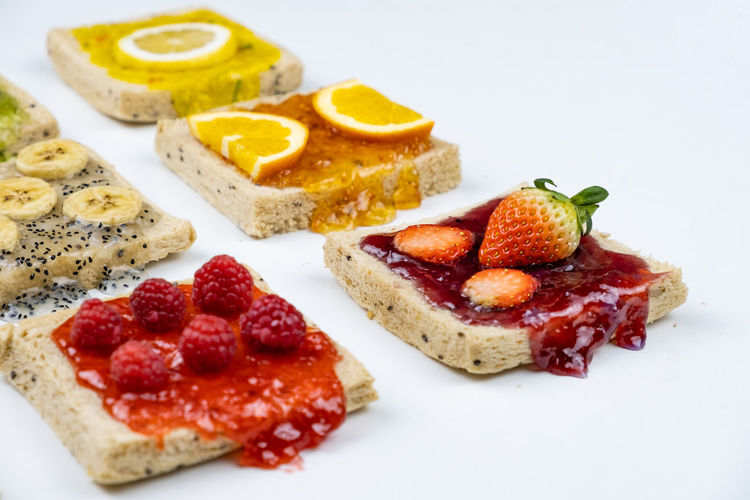 Food Food And Drink Freshness Indoors  Fruit Ready-to-eat Berry Fruit Indulgence Still Life Healthy Eating White Background Plate Sweet Food Temptation SLICE Close-up No People Dessert Sweet Wellbeing Meal Breakfast Snack