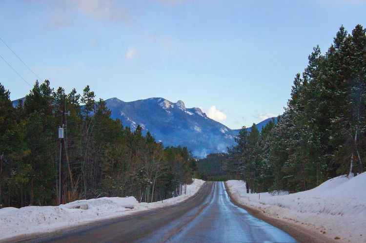 Winding roads! The Way Forward Winter Nature Snow Beauty In Nature Denver Road Canon Tree Tranquil Scene Tranquility Mountain Scenics Sky Transportation Day No People Landscape Outdoors Road