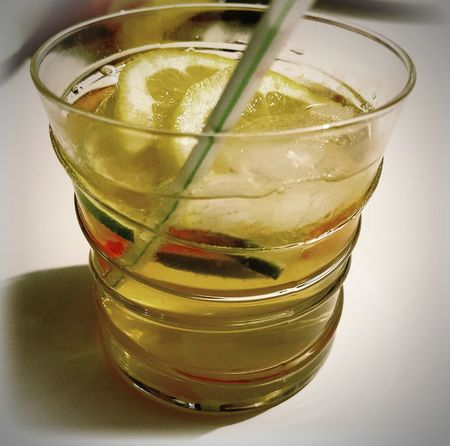 Drinks Drinkporn Cocktails Cocktailmaison JackDaniel's Cointreau Limonade Citron Citrone Citronvert Citronella Orange Weekend Weekendvibes Friends Time Withmylove Photooftheday Eyeemgood Eyeemmoment