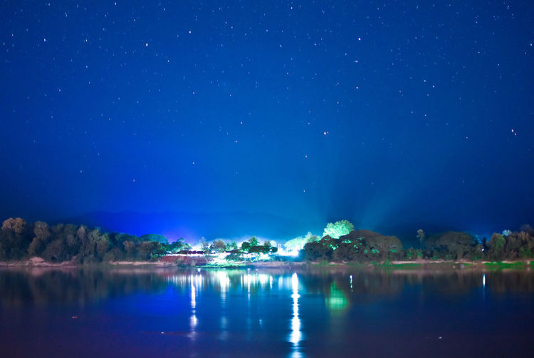 Chiang Khan , Loie Night Sky Blue Sky Foreground Focus On Foreground River View Khong River Laos Thailand Chiang Khan Chiang Khan Thailand