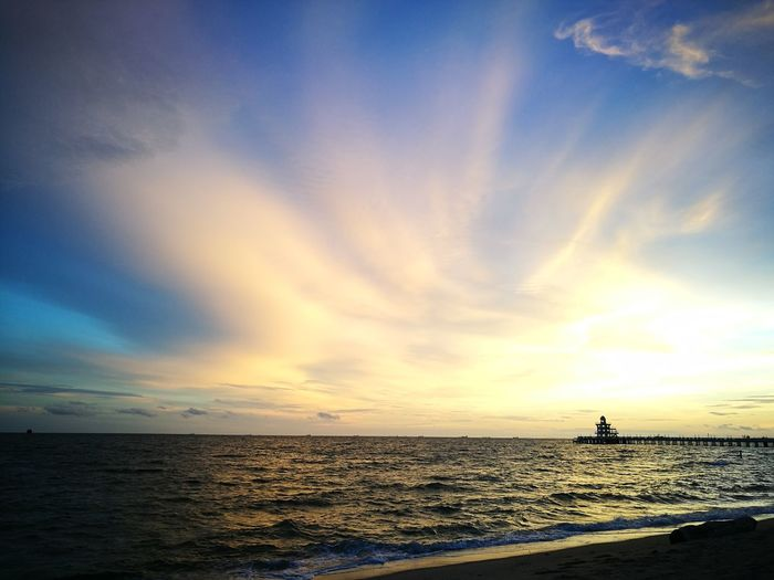 Sea and Sky Rayong,Thailand Sea Horizon Over Water Water Beach Sunset Scenics Sky Cloud - Sky Beauty In Nature Nature Day